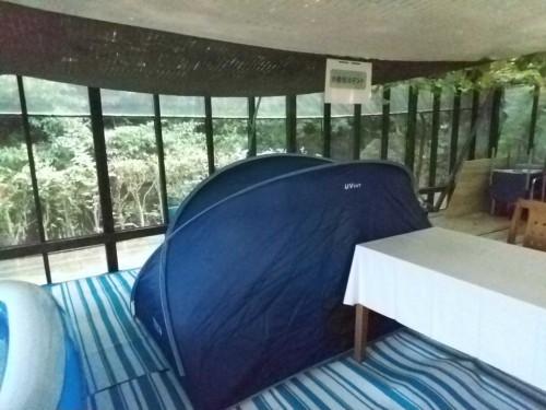 お着換えテント